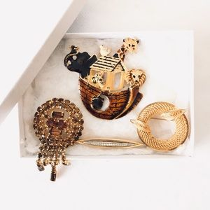 Jewelry - Lot of vintage brooches-Brown tone brooches
